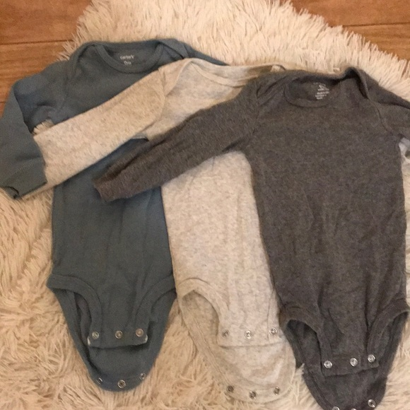 Carter's Other - Carter's 9m onesies (3x)